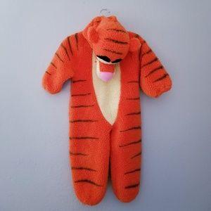 Disney store tigger Halloween costume 4T
